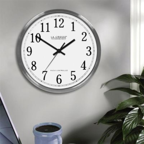 La Crosse Technology 12 in. H Round Atomic Analog Wall Clock in Aluminum