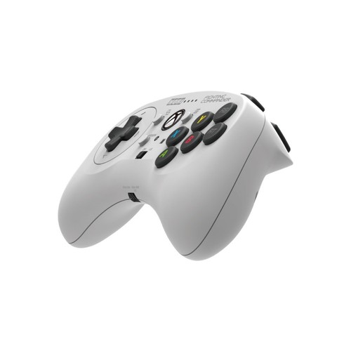HORI Fighting Commander for Xbox One Officially Licensed by Microsoft: Video Games