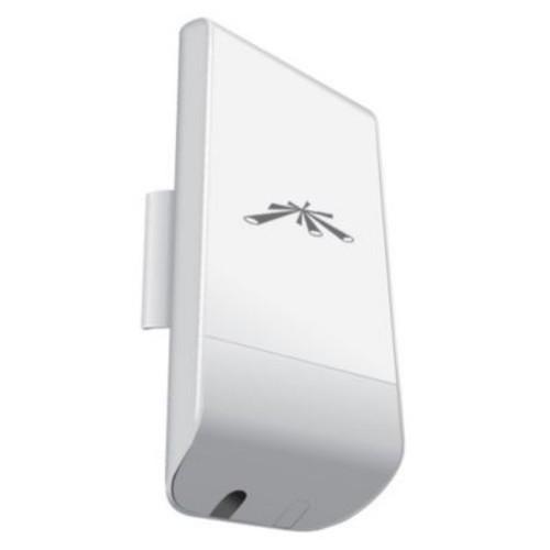 Ubiquiti Networks NanoStation Loco M 5 GHz Indoor/Outdoor Wireless Bridge, 150 Mbps