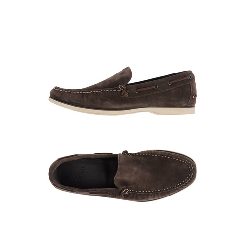 HOLDERS Loafers