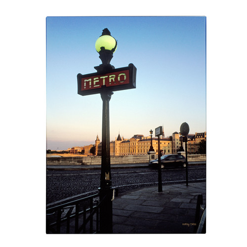 Trademark Global Kathy Yates 'Le Metro at Dusk' Canvas Art [Overall Dimensions : 14x19]