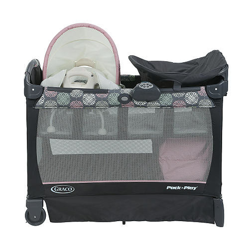 Graco Pack 'n Play Playard With Cuddle Cove Removable Vibrating Seat & Changing Stattion - Addison
