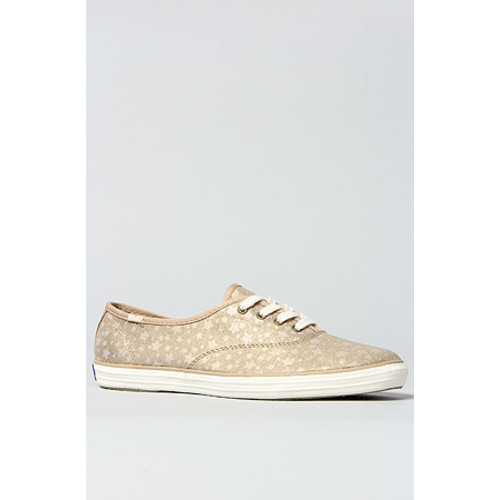 The Champion Star Sneaker in Cream