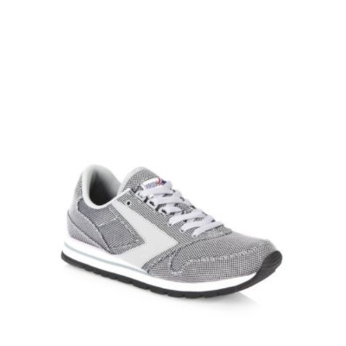 Academia Chariot Athletic Sneakers
