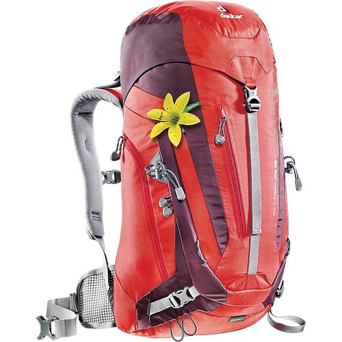 DEUTER Women's ACT Trail 28 SL Backpack