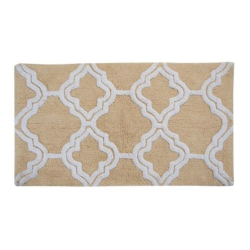 Chesapeake Merchandising Double Quatrefoil Straw 2 ft. x 3 ft. 4 in. 2-Piece Bath Rug Set