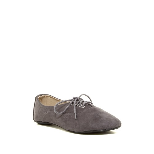 Charles Albert Lace-Up Shoe