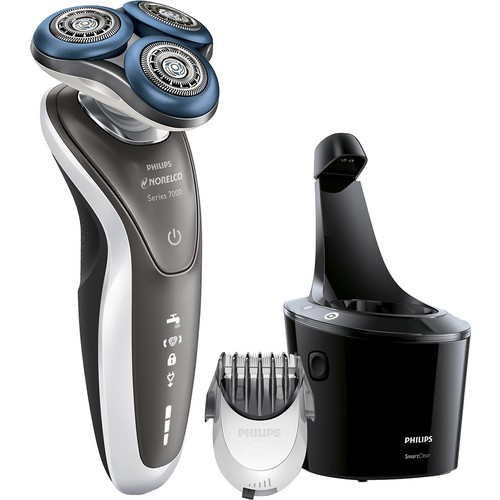 Philips Norelco - 7700 Clean & Charge Wet/Dry Electric Shaver - Silver