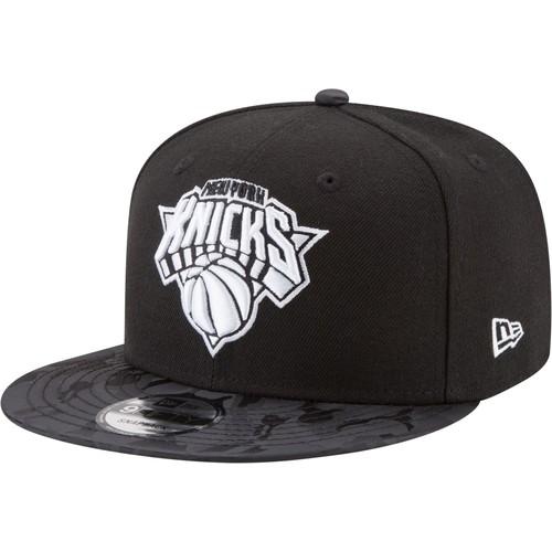Era Men's New York Knicks 9Fifty Black Camo Adjustable Snapback Hat