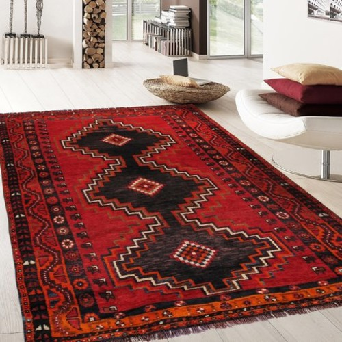 Shiraz Vintage Hand-Knotted Red/Black Area Rug