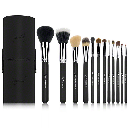 Essential Kit - Make Me Classy - Black (13 piece)