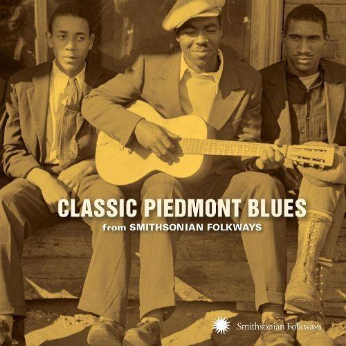 Classic Piedmont Blues From Smithsonian Folkways Artist [CD]
