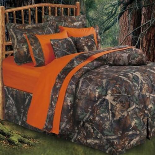 Loon Peak Sierra Madre Comforter Set; King