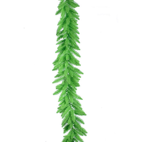Vickerman Lime Green Plastic 9-feet x 14-inches Garland With 100 Lime Dura-Lit Lights and 250 Tips