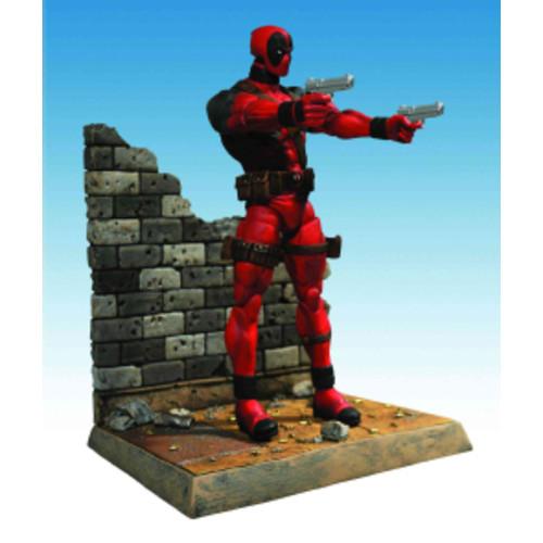 Gotham Select Jim Gordon Action Figure