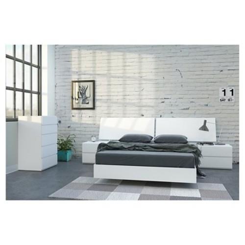 District 5 piece Full Size Bedroom Set - Nexera