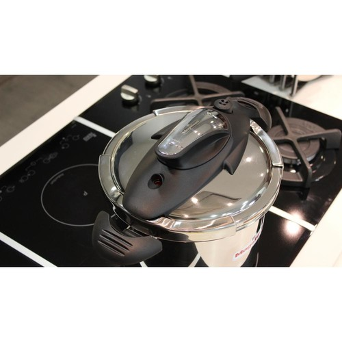 Magefesa Nova trio 4.1 + 6.3 Qt. Stainless Steel Stovetop Pressure Cookers