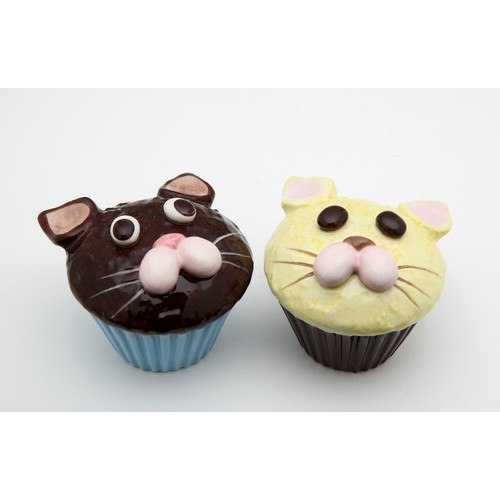 Cat Cupcake Salt and Pepper Set