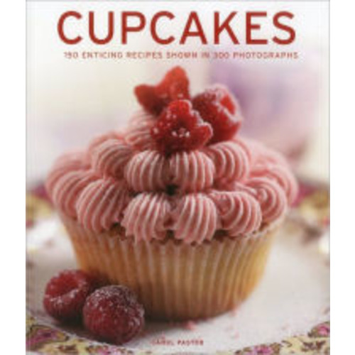 Cupcakes: 150 enticing recipes shown in 300 photographs