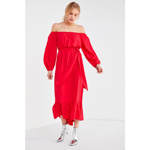 UO Off-The-Shoulder Ruffle Hem Midi Dress [REGULAR]