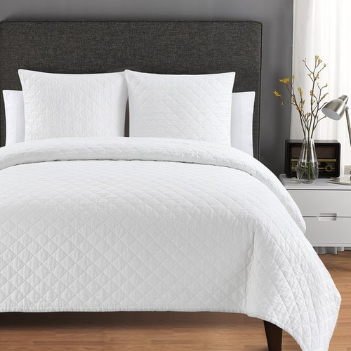 Quilted Washed Belgian Linen Coverlet