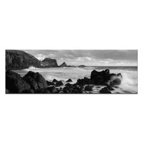 Artist Lane Pyramid Rocks by Andrew Brown Photographic Print on Canvas in Black