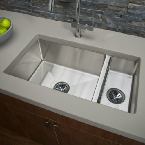 Elkay Avado 32.25'' x 18.25'' Stainless Steel Single Bowl Undermount Kitchen Sink