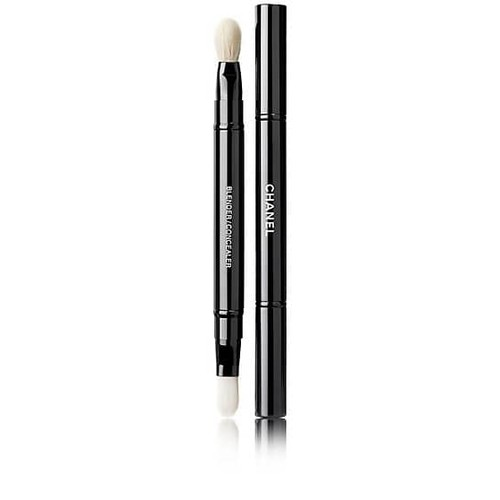 CHANEL Retractable Dual-Tip Concealer Brush