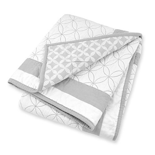 Just Born Mix & Match Classic Collection High Rise Hampton Reversible Quilt in Grey/White
