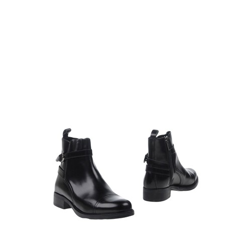 RUE 51 Ankle boot