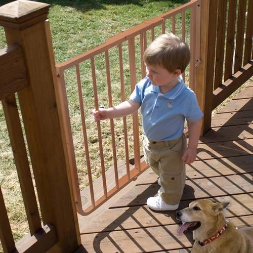 Cardinal Stairway Special Outdoor Gate [Brown]