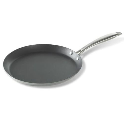 Nordic Ware Crpe Pan