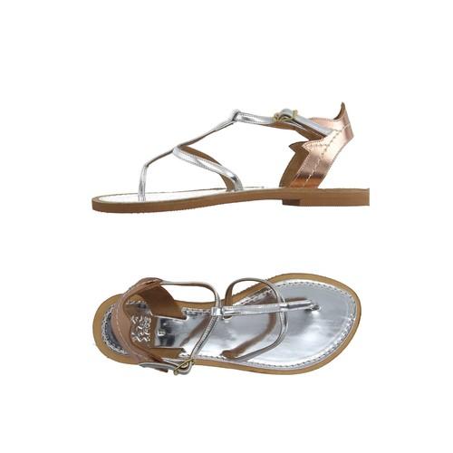 AMOS Flip flops