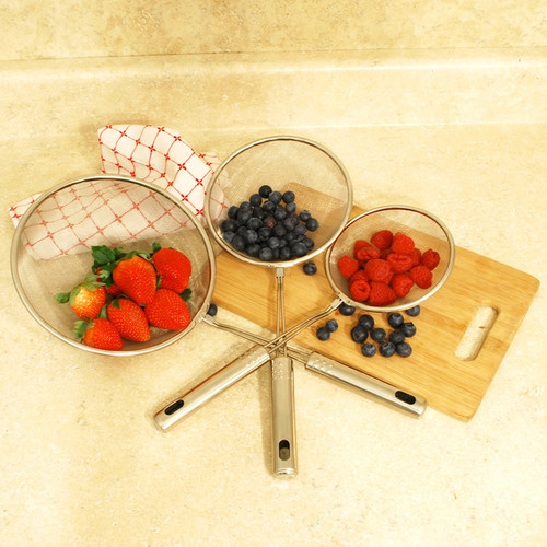 ExcelSteel Mixing Bowls & Colanders Set of 3 Stainless Wire Strainers