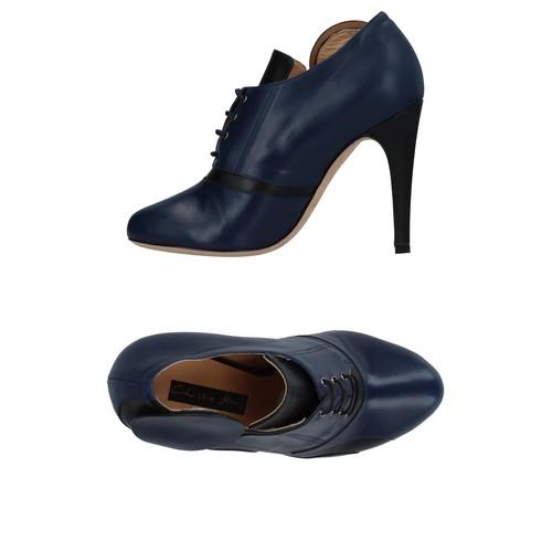 CHRISSIE MORRIS Laced shoes