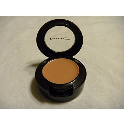 MAC Studio Finish Concealer - NW30