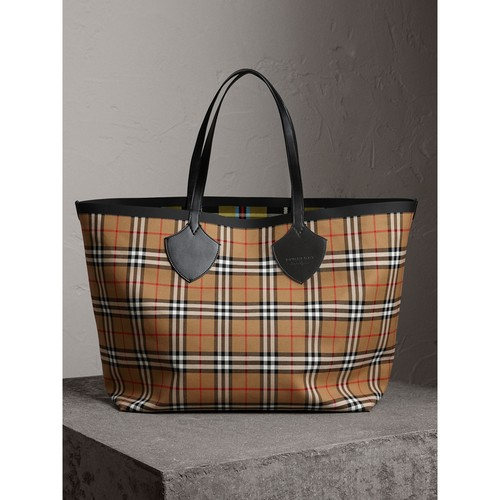 The Giant Reversible Tote in Vintage Check
