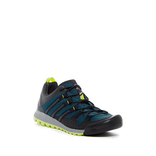 Terrex Solo Outdoor Sneaker