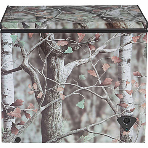 GE 7.0 cu. ft. Manual Defrost Chest Freezer in Camouflage