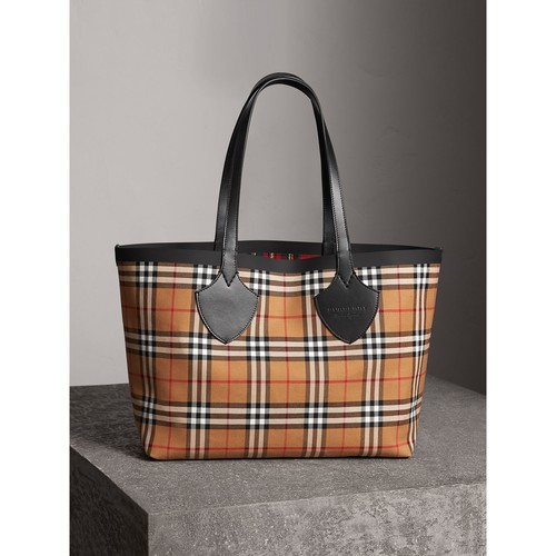 The Medium Giant Reversible Tote in Vintage Check