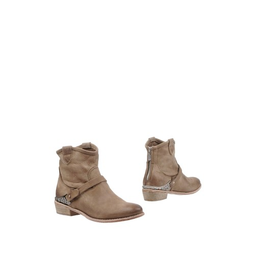 JUICE Ankle boot
