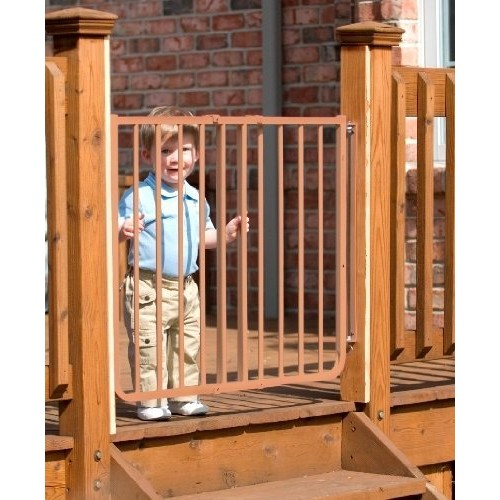 Stairway Special Baby/Pet Gate for Outdoors Colors: Brown [Brown]