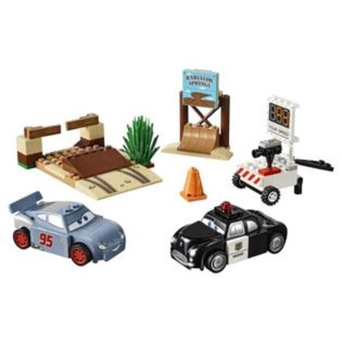 LEGO Juniors Disney Pixar Cars 3 Willy's Butte Speed Training (10742)
