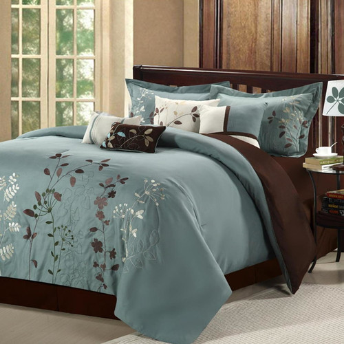 Chic Home 21-82-Q-03-US Bliss Garden 12 Piece Bed in a Bag Embroidered Comforter Set with 4 Piece Sheet Set, Sage - Queen