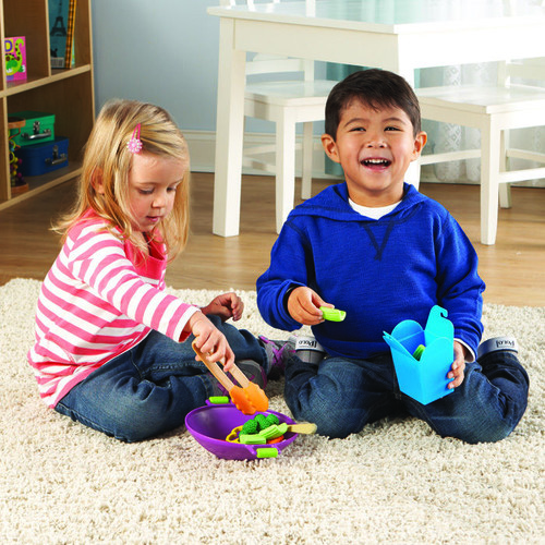 Sprouts Stir Fry Play Set
