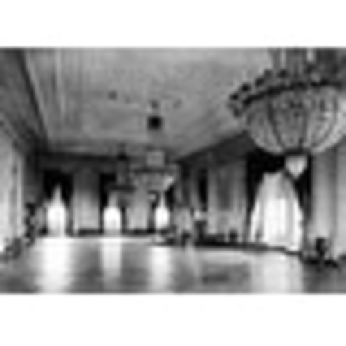 Chandeliers in White House - Vintage Photo (100% Cotton Towel Absorbent)