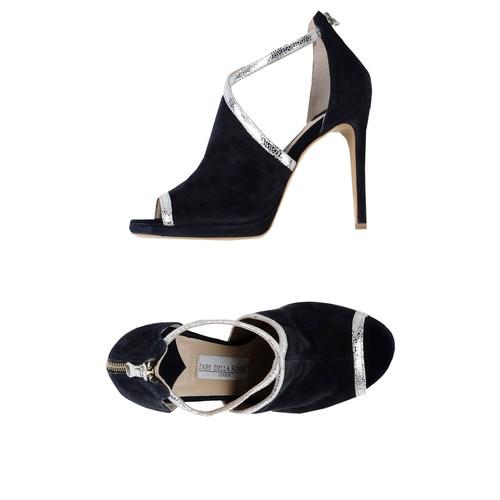 INES DELLA ROVERE London -Sandals