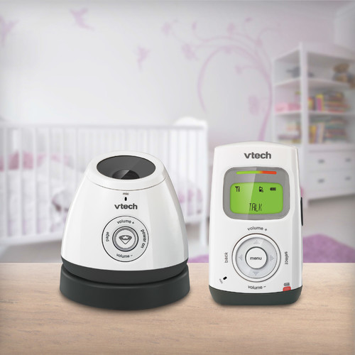 VTech Save&Sound DM222 Digital Audio Monitor with Glow-On-Ceiling night light with Lullaby