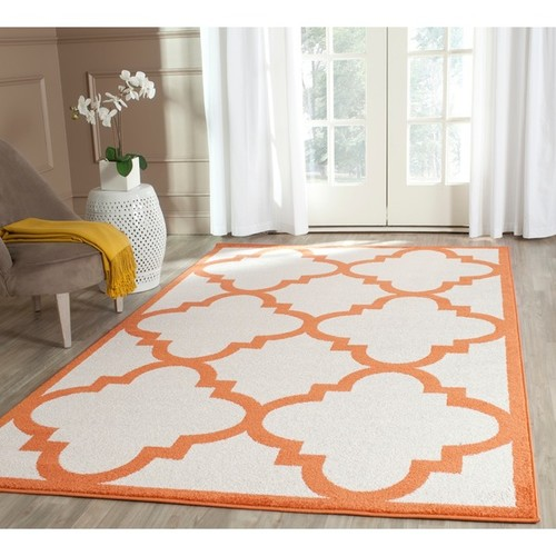 Safavieh Indoor/ Outdoor Amherst Beige/ Orange Rug (7' Square)