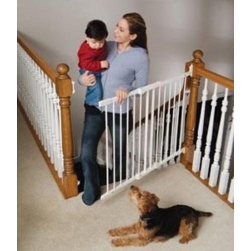 Kidco Angle Mount Safeway Pet Gate [Black]